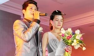 Nguyễn Văn Chung vừa khóc vừa hát tặng vợ