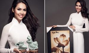 Hoàng My mang 7 món quà đến Miss World