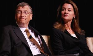 Phu nhân Bill Gates 'thái độ' khi bị chụp ảnh bằng iPad
