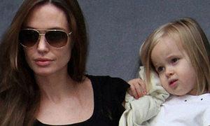 Vivienne đóng phim cùng mẹ Angelina Jolie