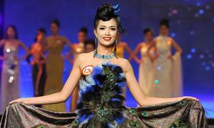 Bắt lỗi người đẹp Hoa hậu với trang phục dạ hội