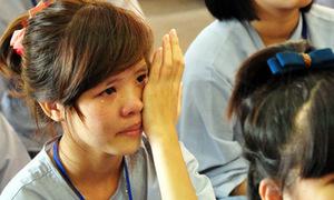 Teen khóc ròng lễ Vu lan báo hiếu cha mẹ