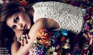 'Công chúa Mỹ hiện đại' rạng rỡ phủ đầy hoa