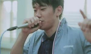 Tân binh MU khoe tài beatbox