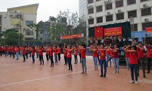 Chào năm học mới bằng màn 'Gangnam Style'