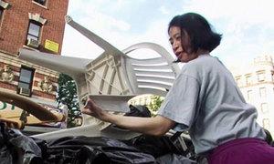 Tiết kiệm 80 triệu mỗi tháng nhờ ăn đồ bãi rác