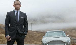Daniel Craig từng trốn 'đỡ trời' trong 'Skyfall'