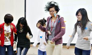 Cực hay tiết học điều khiển cảm xúc bằng tiếng Anh