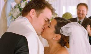 Bữa tiệc ly hôn có 1-0-2 trong 'Vợ yêu và triệu đô'