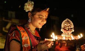 Ấn Độ chói sáng trong Lễ hội Diwali