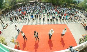 650 học sinh nhảy mừng ngày thành lập trường