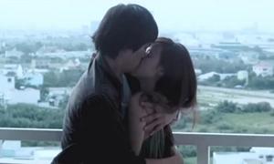 Midu: 'Bị nghẹt thở khi hôn Hà Việt Dũng'