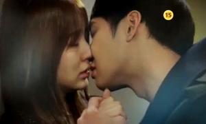 Yoo Chun mạnh bạo hôn Eun Hye trong 'I miss you'