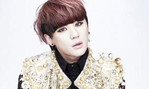 Mặc 'tận thế', Jun Su (JYJ) ra single mừng Noel