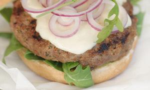 Măm nhiệt tình hamburger thịt bò