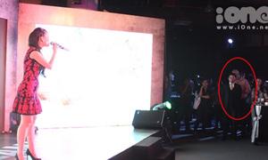 Thu Minh tỏ tình với người yêu trên sân khấu