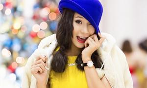 Miss Teen Hồ Bích Trâm nhí nhảnh dạo phố