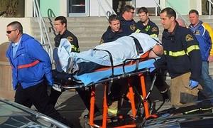 Teen 16 tuổi nã súng vào trường cấp III khiến nước Mỹ rúng động