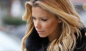 Sylvie buồn rười rượi sau khi chia tay Van der Vaart