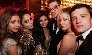 Selena Gomez lao vào tiệc tùng để quên Justin