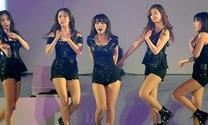 Sun Ye biểu diễn cùng Wonder Girls sau đám cưới