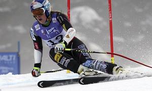 Clip tai nạn kinh hoàng của VĐV trượt tuyết