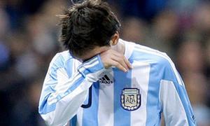 Lionel Messi khóc nhiều lần trong màu áo ĐTQG