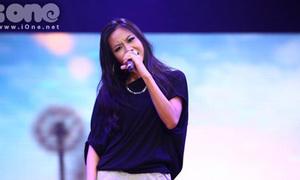 Suboi bắn rap chìm nghỉm trước nữ rapper Anh