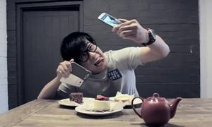 Video 'vạch trần' thói quen 'tự sướng' của giới trẻ
