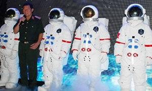 Tướng Phạm Tuân tìm người bay vào vũ trụ