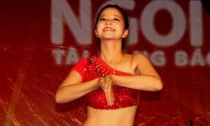 Nữ sinh Huế múa bụng sexy