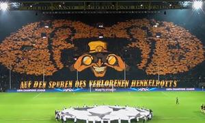 Borussia Dortmund đã chuẩn bị xếp chữ trên sân thế nào?