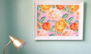 Tận dụng khung ảnh cũ có bức tranh treo tường
