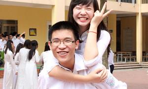 Teens 12 Lomonoxop siêu quậy ngày chụp ảnh kỉ yếu