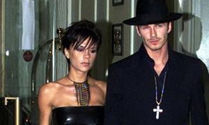 Thời trai trẻ sến sẩm của David Beckham