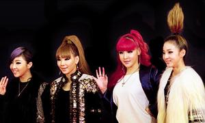 2NE1 đổi tóc mau như thay quần áo