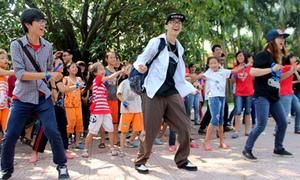 Dancers Hà Nội rạo rực với Hotsteps 2013