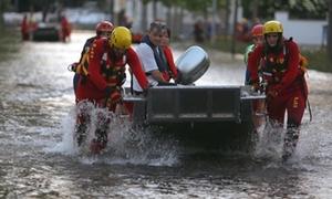 Châu Âu lụt nặng nhất 70 năm, vỡ đê ở Đức