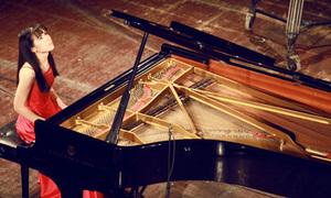 Thần đồng 9X Đức phiêu bên phím dương cầm