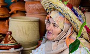 Lượn khắp phố cổ Medina ở Tangier, Marocco