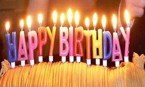 'Happy Birthday to You' gây tranh cãi khi tính phí sử dụng