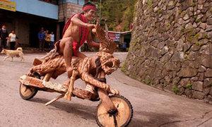 Đua xe gỗ độc đáo chỉ có ở Philippines