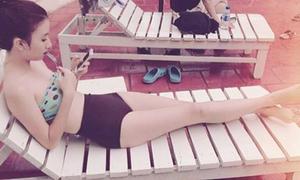 Diện bikini cạp cao chuẩn như Quỳnh Anh Shyn
