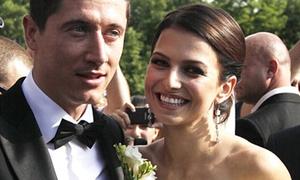 Cô dâu xinh đẹp giỏi võ của Lewandowski