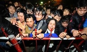 Hành động xấu xí của bộ phận người Việt ở nước ngoài