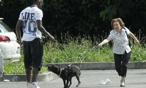 Chia tay Confed Cup, Balotelli về nhà thăm mẹ