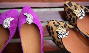 Gắn đá tô điểm giày thêm xinh