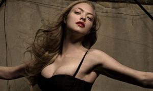 Phim về sao khiêu dâm của Amanda Seyfried tung trailer đầu tiên