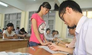 Hơn 350.000 thí sinh làm thủ tục thi Cao đẳng