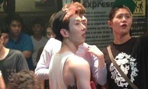 Jo Kwon 2AM bị bắt gặp chơi ở bar đồng tính